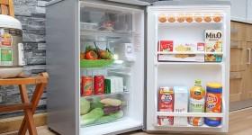 sửa tủ lạnh mini thủng giàn